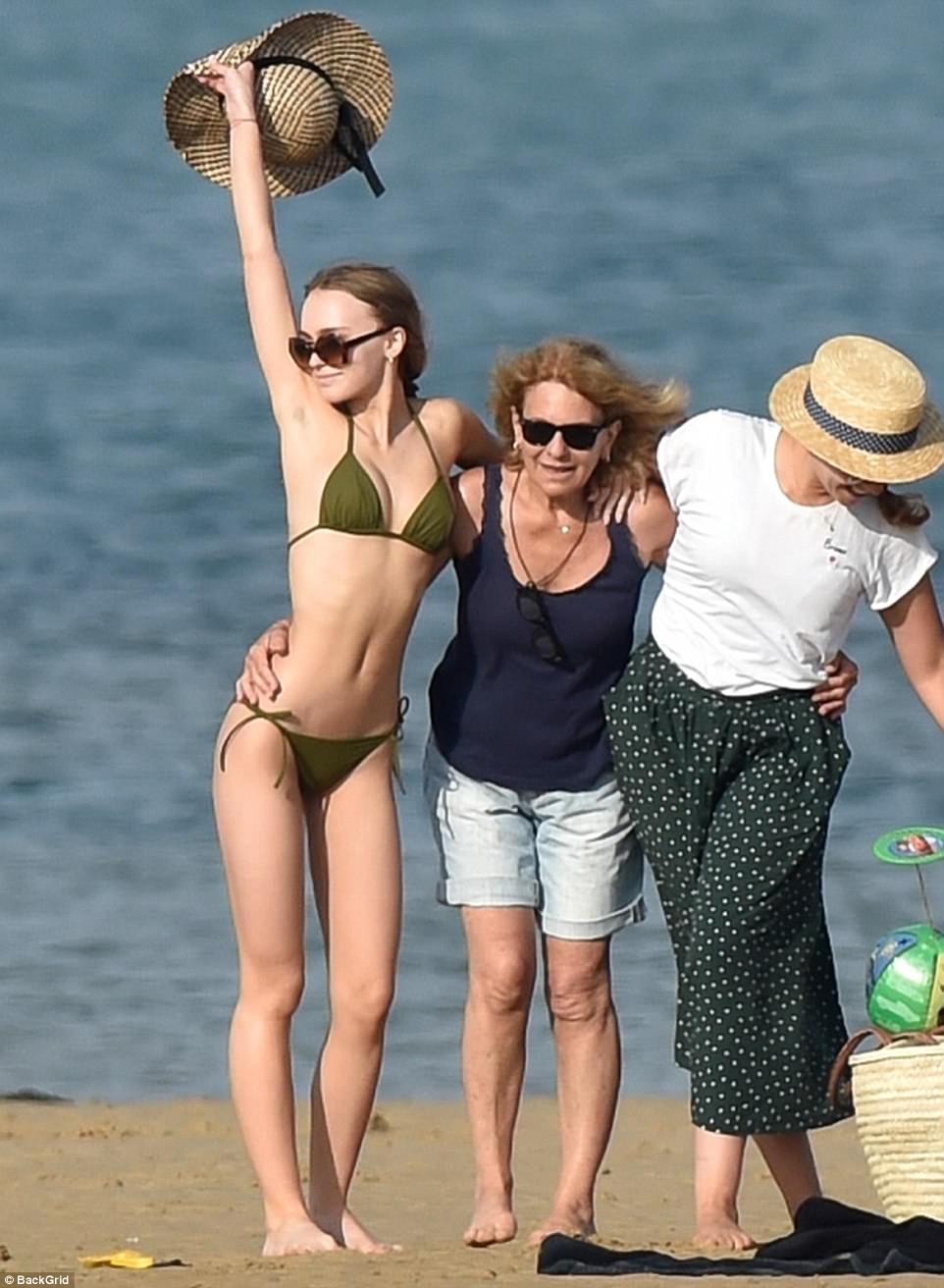 Celebrites Brooke Burns nudes (25 foto and video), Topless, Leaked, Feet, bra 2015