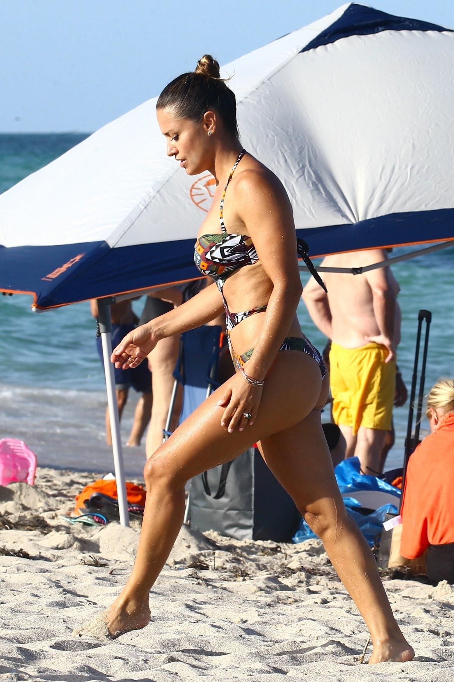 in bikini Cleavage Morgan Zerkle naked photo 2017