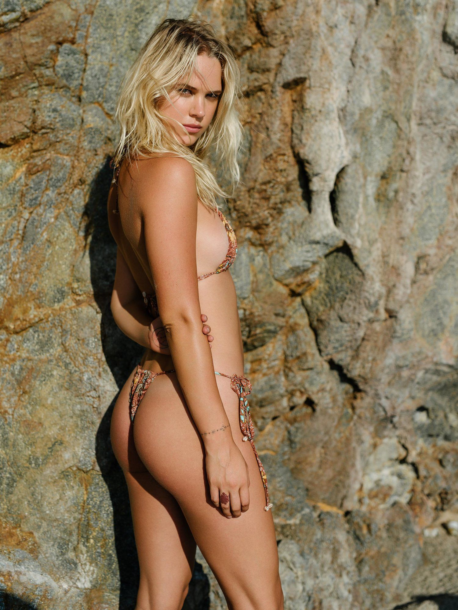 Female celebrity free nude pictures