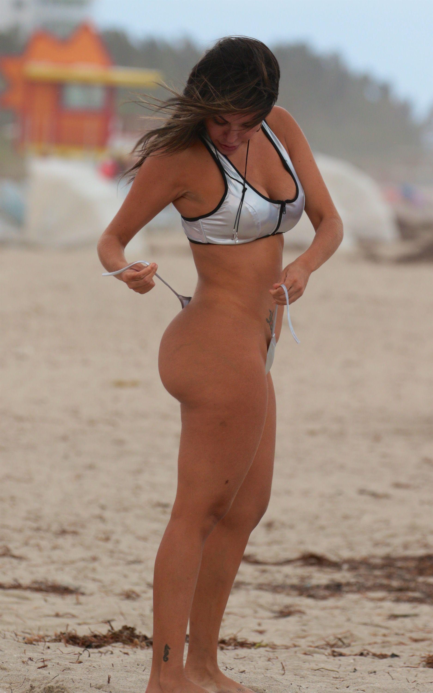 Liziane Gutierrez Nude Photo Collection new picture
