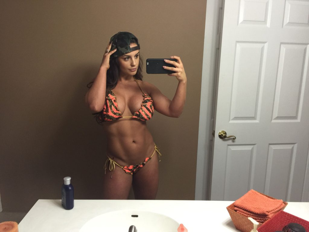 Pics wwe kaitlyn sexy of