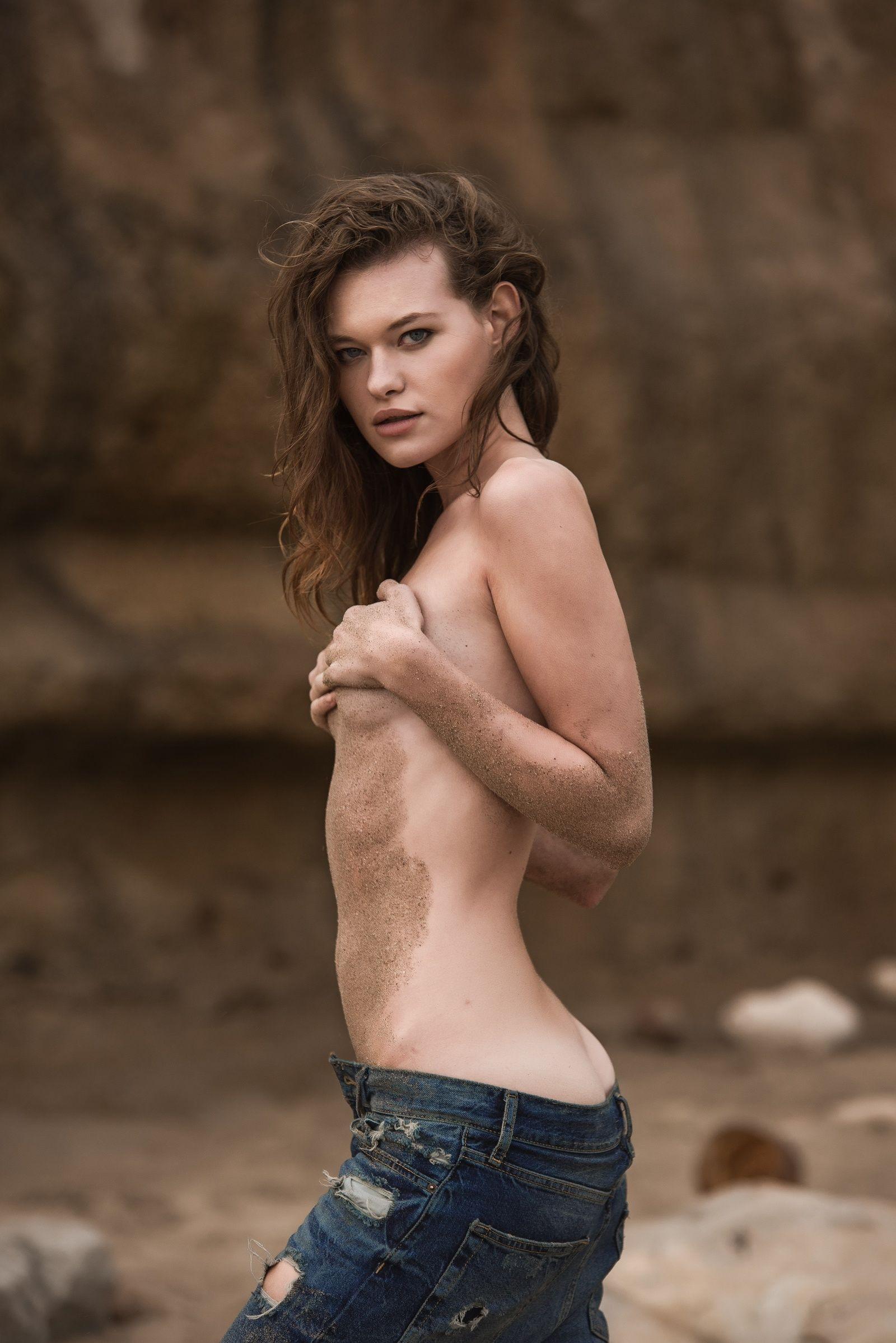 pics ClaraBabyLegs Nude Photos and Videos