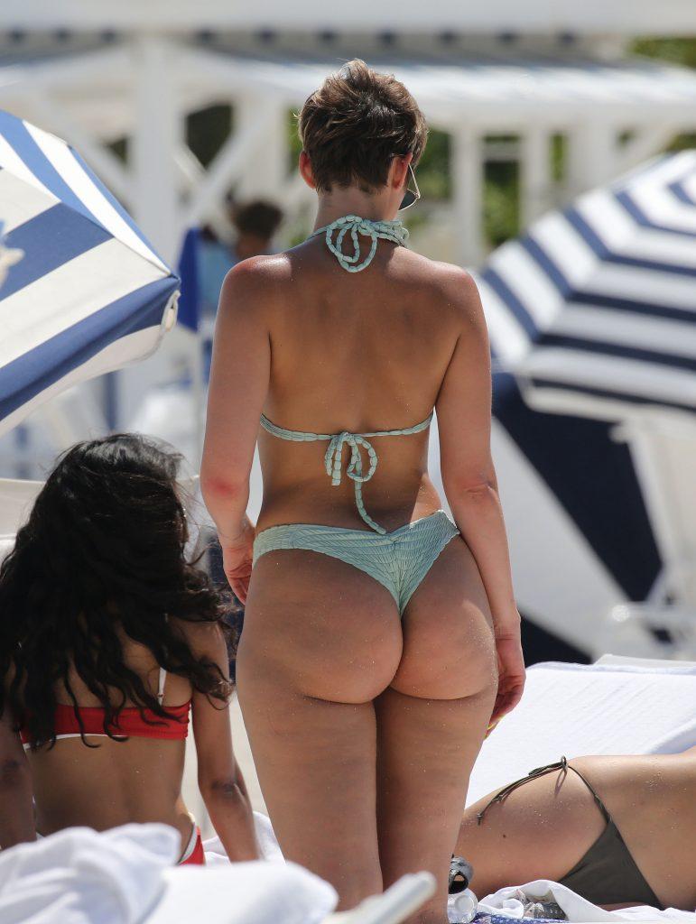 Bikini Mavournee Hazel nude photos 2019
