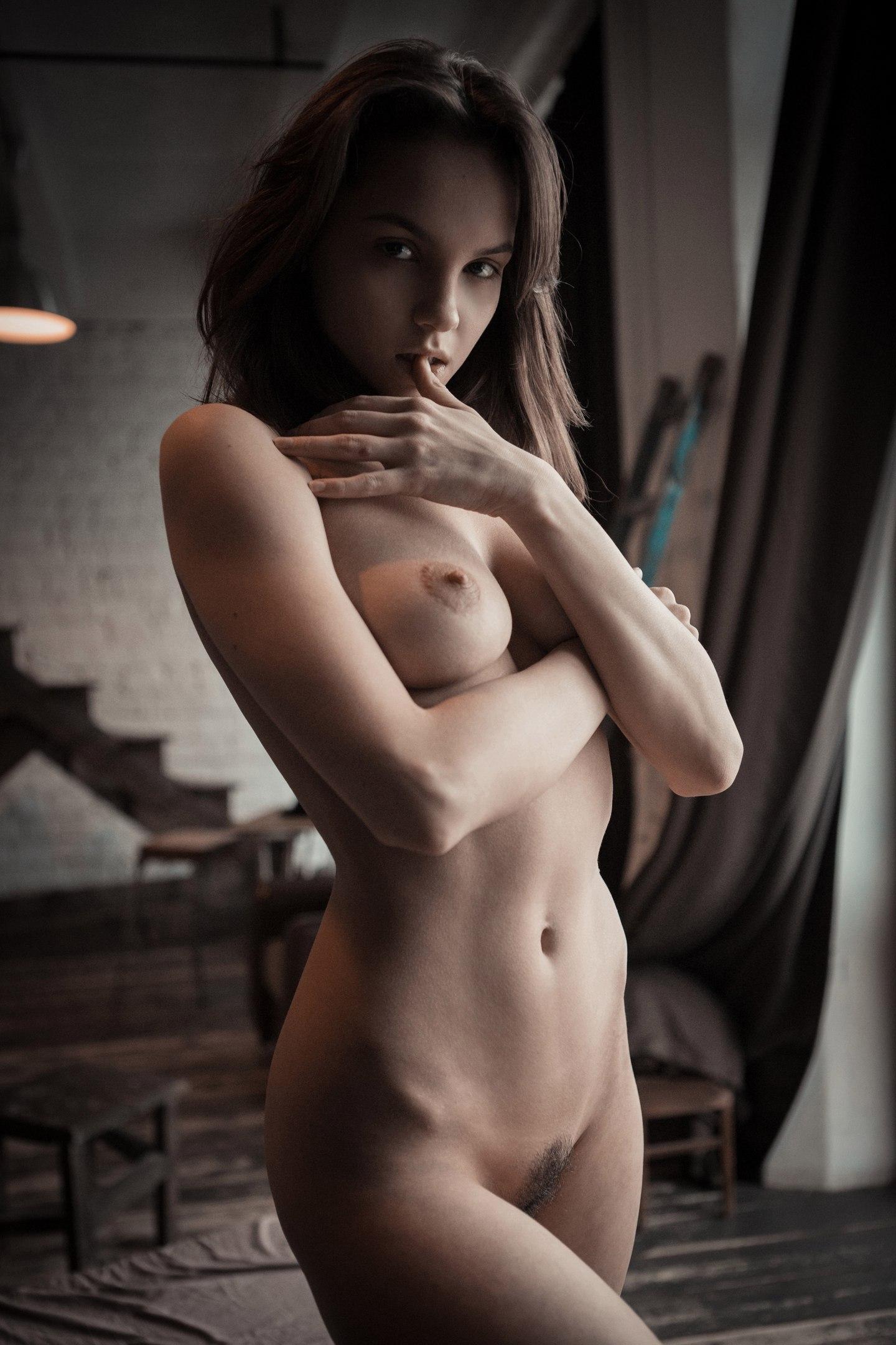 Mary demina nude