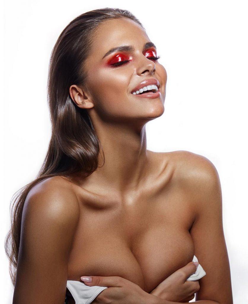 nude (11 photo), Bikini Celebrites pics