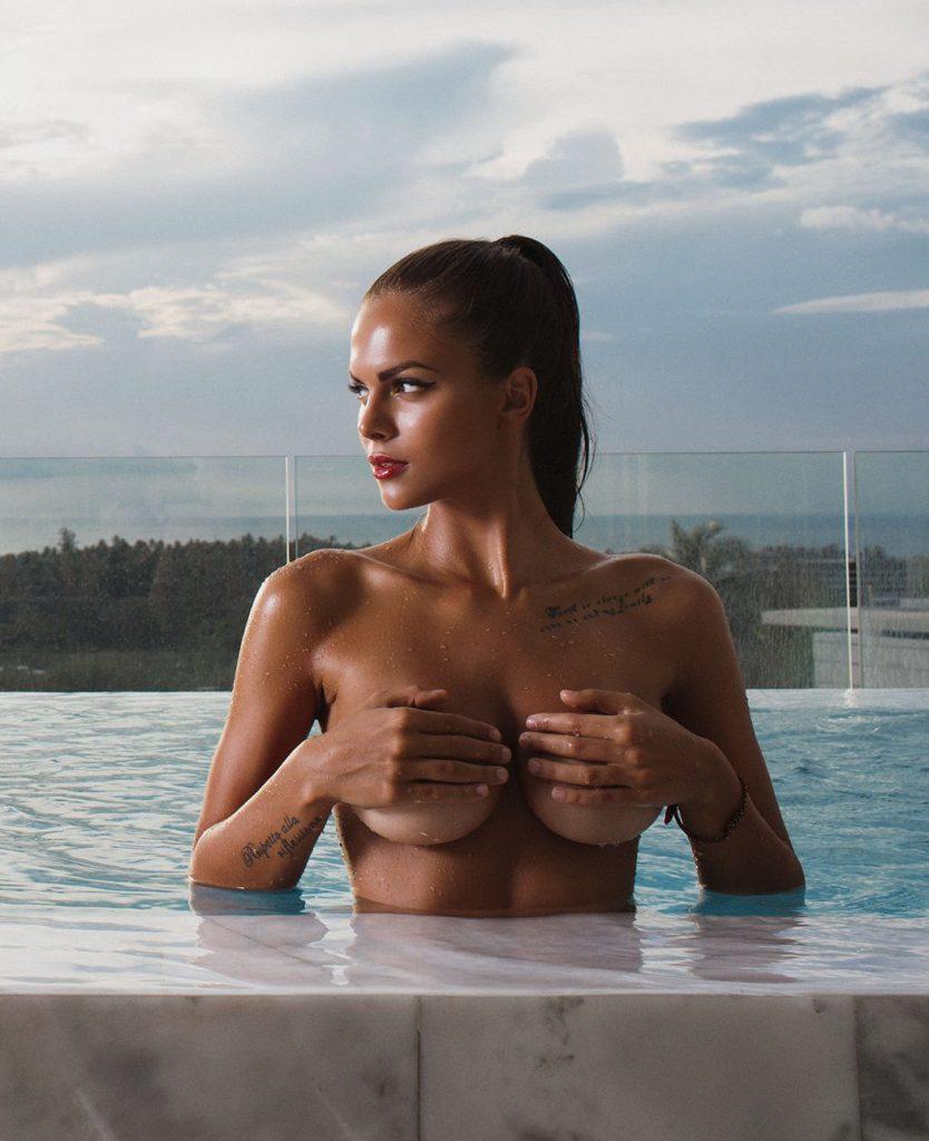 nudes (33 photo), Sexy Celebrity fotos