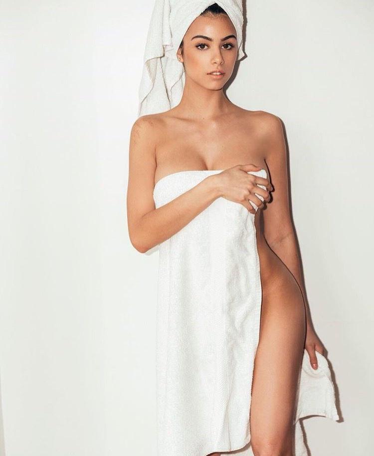 Sunny leone nude latest video