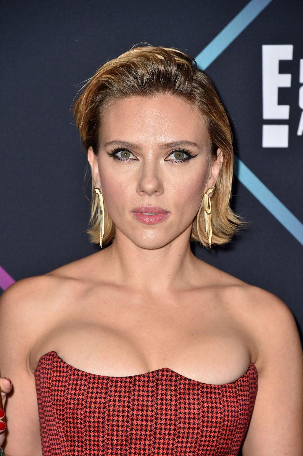 61 Sexiest Scarlett Johansson Boobs Pictures Will Make ...   Scarlett Johansson