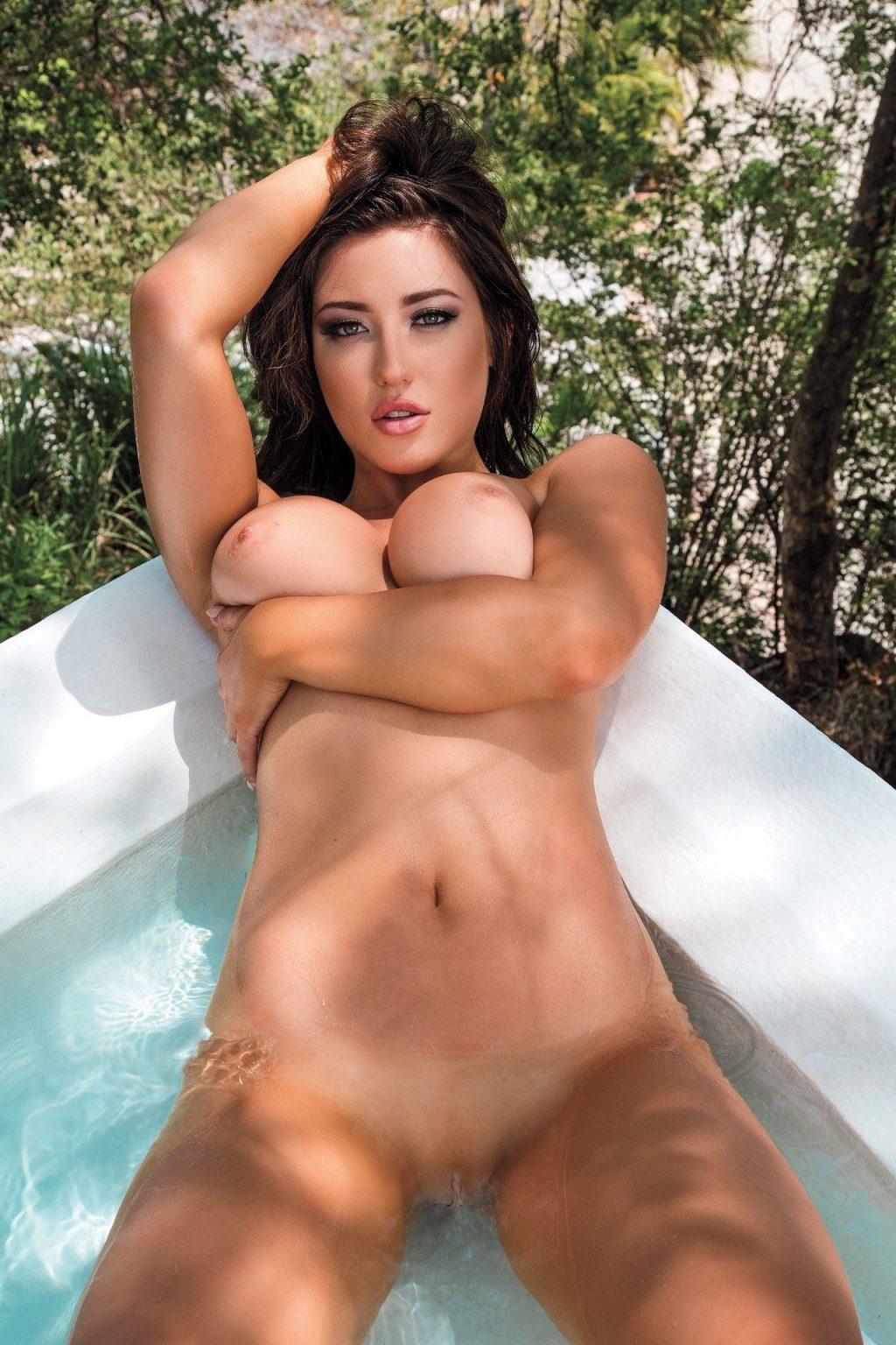 Stefanie knight nude pics